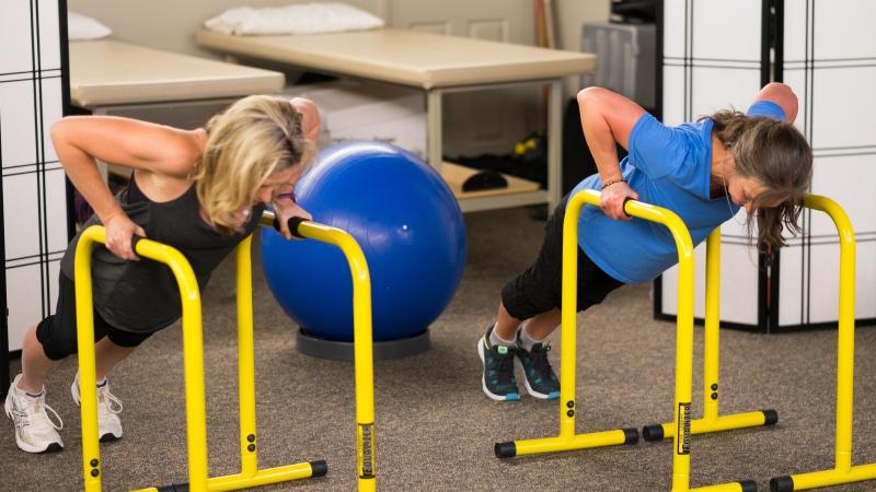 Women & WeightTraining